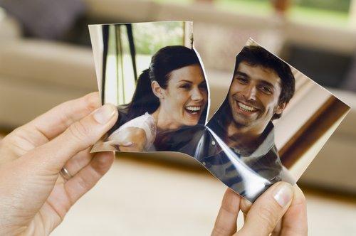 imatge trencada d'una parella