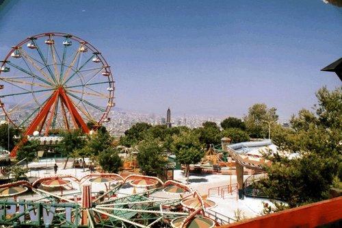 parc atraccions montjuic noria
