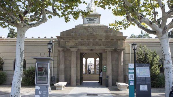 El cementiri de Poblenou proposa mirar la mort amb altres ulls